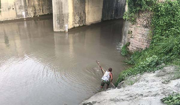 Sediment Sampling and Laboratory Tests in Nepal Gandak West Canal and Narayani River